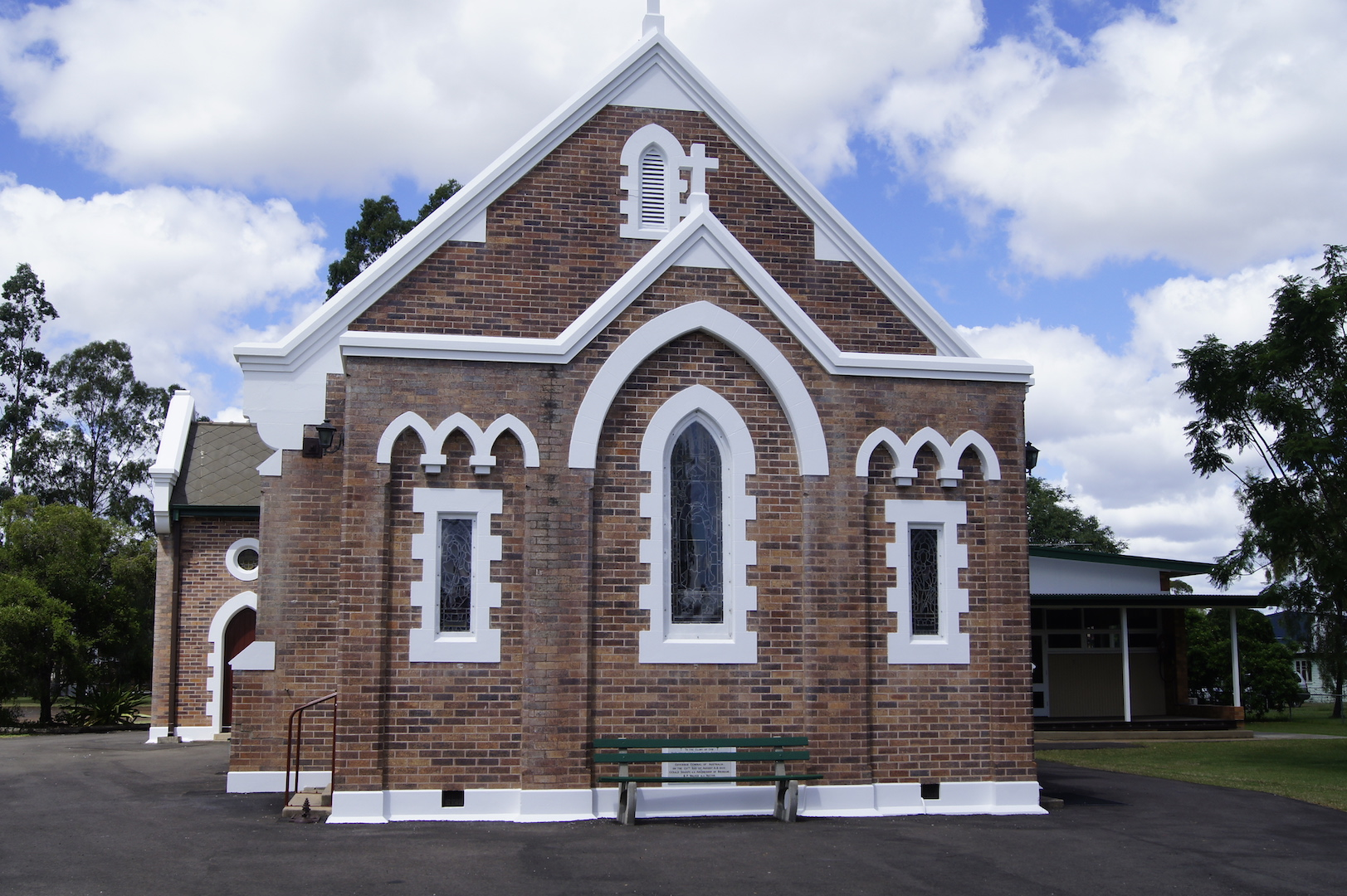 dalby church front